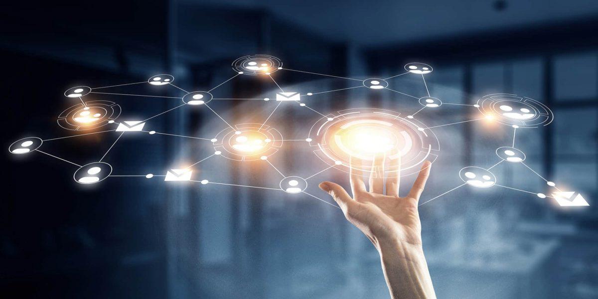 Networking-la-guinda-de-un-buen-curriculum-o-idea-de-negocio